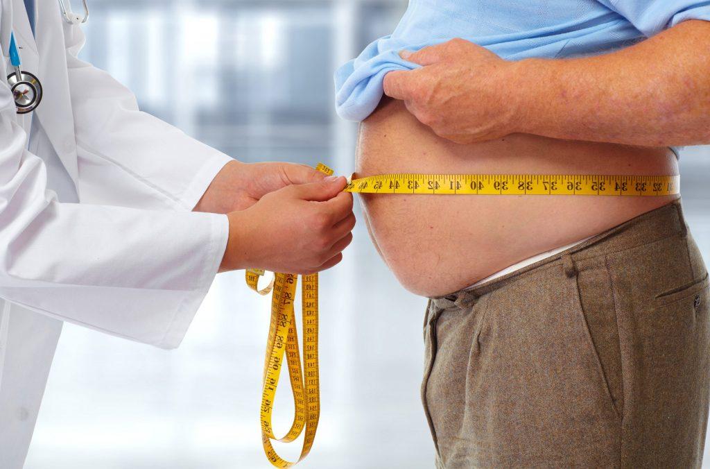 Mężczyzna z nadwagą